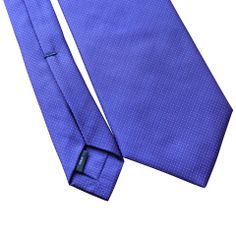 Pheobes  Dee Carrick Seven Fold Tie in Purple with Red accents. All our ties are handmade in Italy #sevenfoldtie #menswear #style #gentleman