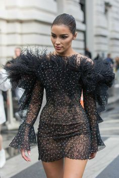 The Top 5 Fashion Trends That Will Rule 2020 According to a Fashion Editor Stylist &; The Top 5 Fashion Trends That Will Rule 2020 According to a Fashion Editor Stylist &; 2020 Fashion Trends, Fashion Editor, Fashion Stylist, Fashion 2020, Look Fashion, Skirt Fashion, Fashion Photo, Runway Fashion, Fashion Outfits