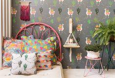 #lhama #paineladesivo #quartosdecriança #montessoriano #balanço #decoraçãoinfantil #decorforkids #quartoinfantil #quartocharmoso #bohodecor #cabeceira #quartodemenina #designbrasileiro #decoração Rosa Pink, Design, Home Decor, Rose Headband, Drill, Industrial Kids Decor, Infant Room, Baby Room Girls, Leaves