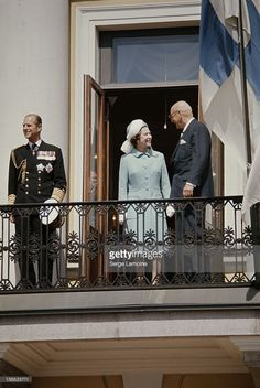 Queen Elizabeth II and Prince Philip in Helsinki with Finnish President Urho Kekkonen, during a state visit to Finland, May Get premium, high resolution news photos at Getty Images Hm The Queen, Royal Queen, Her Majesty The Queen, Elizabeth Philip, Queen Elizabeth Ii, Royal Crown Jewels, Queen Hat, British Royal Families, Prince Phillip