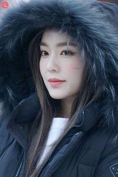 Wallpaper red velvet irene 65 ideas for 2019 Red Velvet アイリーン, Irene Red Velvet, Kpop Girl Groups, Kpop Girls, K Pop, Korean Girl, Asian Girl, Red Valvet, Trendy Wallpaper