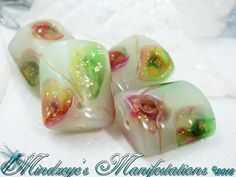 4 Gold Foil Lampwork Glass Beads 18.5x15x8mm. Starting at $4 on Tophatter.com!