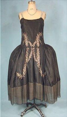 c. 1924 EMERY BIRD THAYER CO., Kansas City Black Silk Flapper Robe de Style Dress