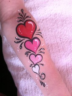 Nancy Isabelle Labrie, Make-up for children – Nancy Isabelle Labrie Art and growth through creativity by joellemarchand Face Painting Tips, Face Painting Designs, Paint Designs, Childrens Makeup, Tinta Facial, Henna Heart, Animal Face Paintings, Face Paint Makeup, Arm Art
