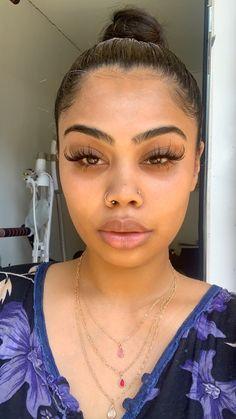 Pretty Girls, Pretty Woman, Pretty Babe, Beautiful Black Girl, Hoop Earrings, Bare Face, Face Wash, Hair Makeup, Eye Makeup