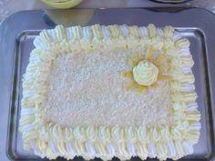 Millefoglie alla crema di limone e cioccolato bianco.