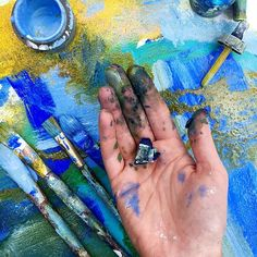 I'm so excited to paint with everyone in the next session of Serendipity 2 - Loosening Up With Mixed Media which just started. This is the perfect class for anyone looking to paint more freely. Registration is open until June 18th and you can find all of the details over on my website at JulietteCrane.com.