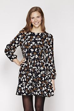 Floral Long Sleeve Pleated Dress