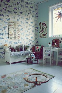 great animal inspired kids bedroom. walks a fine line between being too cartoony or overly grown up.