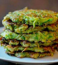 8 pannenkoeken om van te smullen in een koolhydraatarm dieet - 8 x gezonde pannenkoeken recept voor een koolhydraatarm dieet Healthy Recepies, Super Healthy Recipes, Healthy Cooking, Healthy Snacks, Vegetarian Recipes, Low Carb Raffaelo, Fodmap Recipes, Easy Meal Prep, Daily Meals
