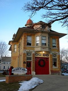 Former Elgin, Illinois Firehouse No. 5 (built in 1903) now a firefighting museum | Shared by LION
