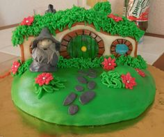 #cake #lordoftherings #cottage #grass #flowers #hobbit