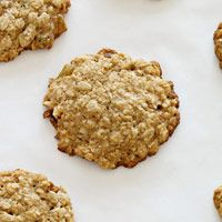 Sugar-Free Coconut Oatmeal Raisin Cookies Make-Ahead Holiday Cookies Here's an easy way to save time this December: Bake cookies before the season gets into full swing, freeze them in an airtight container (place a sheet of wax paper between layers), and thaw when you're ready to serve them at a party or package as a gift.