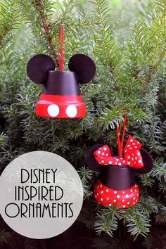 Mickey & Minnie: Make Disney Inspired Ornaments, DIY and Crafts, These Mickey and Minnie ornaments are perfect for your tree! Make your own Disney inspired ornaments for Christmas! Disney Christmas Ornaments, Mickey Christmas, Christmas Crafts For Kids, Christmas Projects, Holiday Crafts, Handmade Christmas, Christmas Holidays, Christmas Decoration Crafts, Mickey Mouse Ornaments