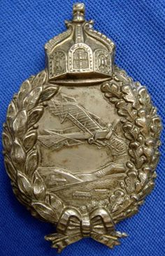 Imperial German Aviation pilot badge with the Crown of the German Holy Roman Emperor at the top