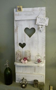 NEW ♥ Shabby chic shutter ♥ SHELVES with heart wood white - Pallet Furniture Diy Wood Block Crafts, Wood Crafts, Wood Projects, Country Decor, Farmhouse Decor, Porte Diy, Pallet Designs, Rustic Doors, Diy Pallet Furniture