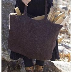 No such thing as too many bags! Easy, fast, big felted Tote FREE knitting Pattern in MONTANA by Tahki Yarns