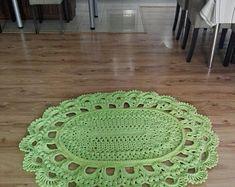This beautiful romantic small rug is handmade, crochet. Shabby Chic Lamps, Doily Rug, Round Area Rugs, Cool Rugs, Small Rugs, Boho Style, Boho Chic, Handmade Rugs, Boho Fashion