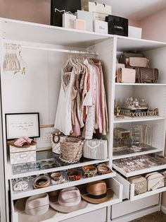 Walk In Closet Design, Bedroom Closet Design, Room Ideas Bedroom, Closet Designs, Bedroom Decor, Wardrobe Room, White Wardrobe, Dressing Room Design, Ikea Dressing Room