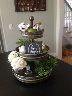 Love the three-tier stand for decor. Country Farmhouse Decor, Farmhouse Style Kitchen, Modern Farmhouse Kitchens, Rustic Decor, Rustic Style, Farmhouse Table, Galvanized Tray, Cocina Diy, Tray Styling