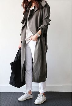 Fall trends | Grey trench coat over white shirt, pants, Adidas Stan Smith sneakers and a handbag