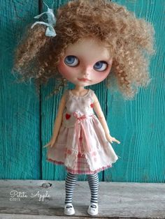 Blythe doll outfit *Falling in love in springtime* -OOAK vintage embroidered dress