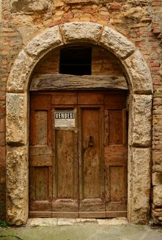 """San Quirico,Tuscany, Italy - """"Vendesi"""" = """"For Sale"""" Cool Doors, Unique Doors, Arched Windows, Windows And Doors, Porches, All About Doors, Castle Gate, Door Entryway, Knobs And Knockers"""