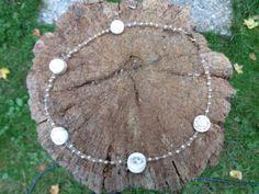Handgefertigte-Designerkette-mit-Muscheln-im-Bronzelook