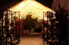 Entry walkway to Parisian themed party ..... I want to have this at my 18th bday so badly!!!