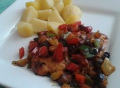 Kuřecí kousky v pikantní jogurtové marinádě   NejRecept.cz Fruit Salad, Meat, Chicken, Fruit Salads, Cubs
