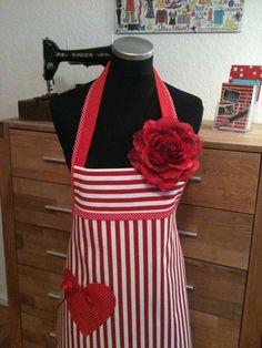 """"""" Verliebt in... """"  - Küchenschürze/ Schürze von XBergDesign auf DaWanda.com"""