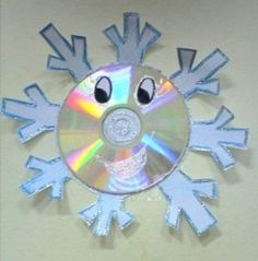 with old cd Preschool Christmas, Christmas Crafts For Kids, Christmas Activities, Winter Activities, Winter Christmas, Holiday Crafts, Christmas Post, Cd Crafts, Snowman Crafts