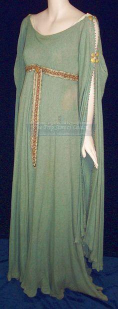 An woolen archery dress worn by Keira Knightley as Guinevere in the film King Arthur.