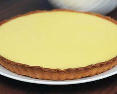 Tarte au lait concentré sucré et citron au Thermomix Thermomix Desserts, Tasty, Yummy Food, Sweet Pie, Pie Recipes, Parfait, Amazing Cakes, Food Videos, Quiche