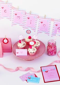 Free Valentine's Day party printables - everything you need to throw a great party!