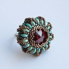 Free Beading Pattern: Snake Eyes Ring from Guzel Bakeeva Design featured in recent Bead-Patterns.com Newsletter!