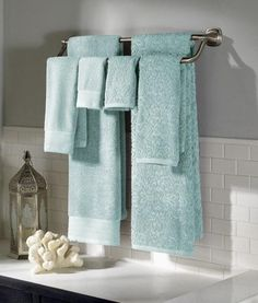 6 Piece Jacquard Solid Towel Set