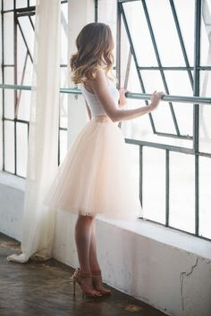 Fashion trends | White crop top and pastel tulle skirt