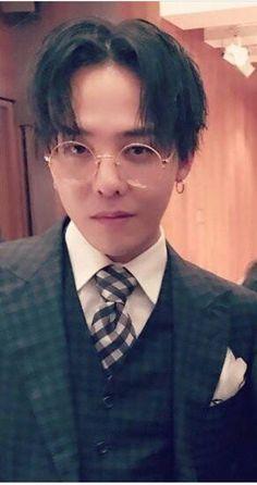 ジヨン氏は 眼鏡もお似合いです Vip Bigbang, Daesung, Yg Entertainment, Jiyong, Bigbang G Dragon, Dragon Pictures, Big Bang, Most Beautiful Man, Record Producer