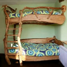 Magnifiques lits jumeaux... ... #woodworkingforkids