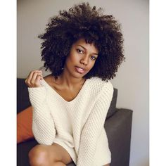 Wholesale short afro kinky curly wigs synthetic heat resistant short black/brown synthetic wig for black women Girl Short Hair, Curly Girl, Big Hair, Curly Blonde, Curly Hair Styles, Natural Hair Styles, Kinky Curly Wigs, Afro Textured Hair, Pelo Natural