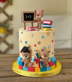 Blue Birthday Cakes, Creative Birthday Cakes, Baby Birthday, Bon Voyage Cake, Doodle Cake, New Cake Design, Teacher Cakes, School Cake, Minnie Cake