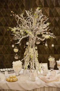 SG279 Wedding Table, Wedding Ideas, Dream Wedding, Table Decorations, Dyi, Home Decor, Floral Arrangements, Decoration Home, Room Decor