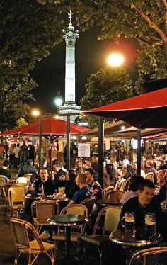 bastille cafe paris