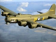 """Bomber, """"Memphis Belle"""", You beautiful thing, you. Ww2 Aircraft, Fighter Aircraft, Military Aircraft, Fighter Jets, Fighting Plane, Memphis Belle, Old Planes, Aircraft Painting, Nose Art"""