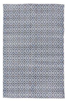 Tæppe i vævet kvalitet med blåt printet kelimmønster. Mål 140x200 cm. <br><br>Dette tæppe er en del af Sweet Home Collection, som Leila Lindholm har udviklet i samarbejde med Ellos. <br><br>100% bomuld<br>Håndvaskes