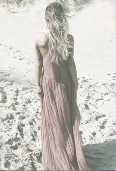 love the easiness..so perfect alternative wedding dress for a the bohemian caribbean bride..love