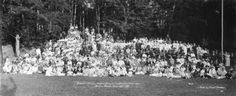 Annual Picnic, Hudson Bay Co. Employees Association Bowen Island June 12, 1918 - City of Vancouver Archives