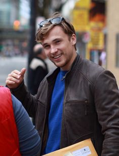 William Moseley Photo - He looks so much older with his hair cut. :)