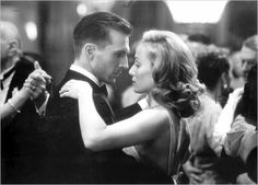 Ralph Fiennes and Kristin Scott Thomas in - The English Patient